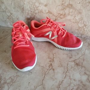 New Balance 8 woman shoes coral